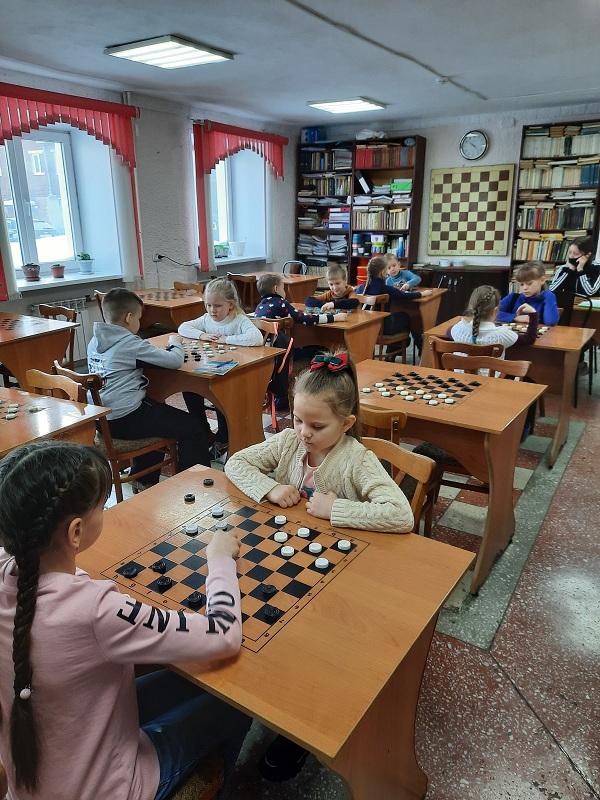 Турниры к 8 марта шашки
