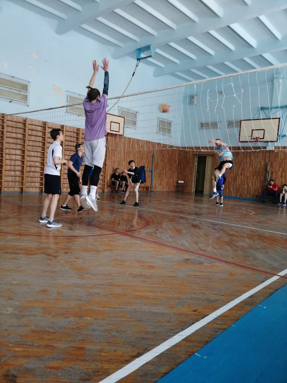 волейбол студенты